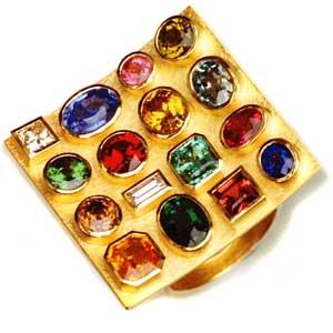 Ring 750 Gold mit verschiedenen Edelsteinen