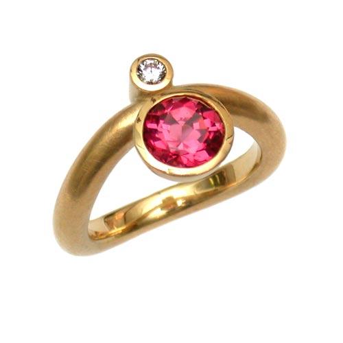 Ring Gold 750 mit Rubellit und Brillant