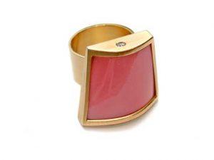 Ring 750 Gold mit Strombos Gigas und Brillanten