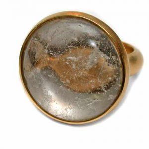 """ing mit """"Fisch unter dem Eis"""", Gold 750 und Bergkristall"""