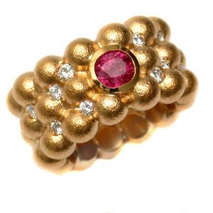Ring 750 Gold mit Rubin und Brillanten