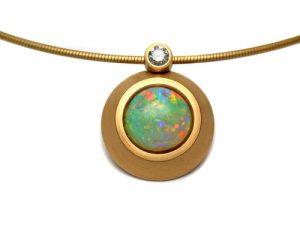 Collier 750 Gold mit Opal und Brillant