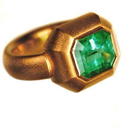 Ring 750 Gold mit Smaragd
