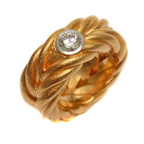 Ring 750 Gold mit Brillant