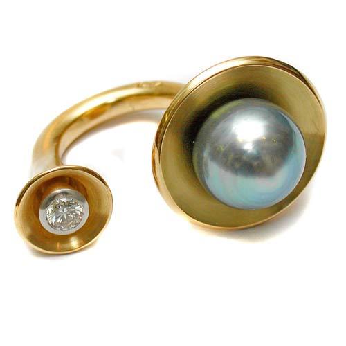 Ring 750 Gold mit Tahitiperle und Brillant